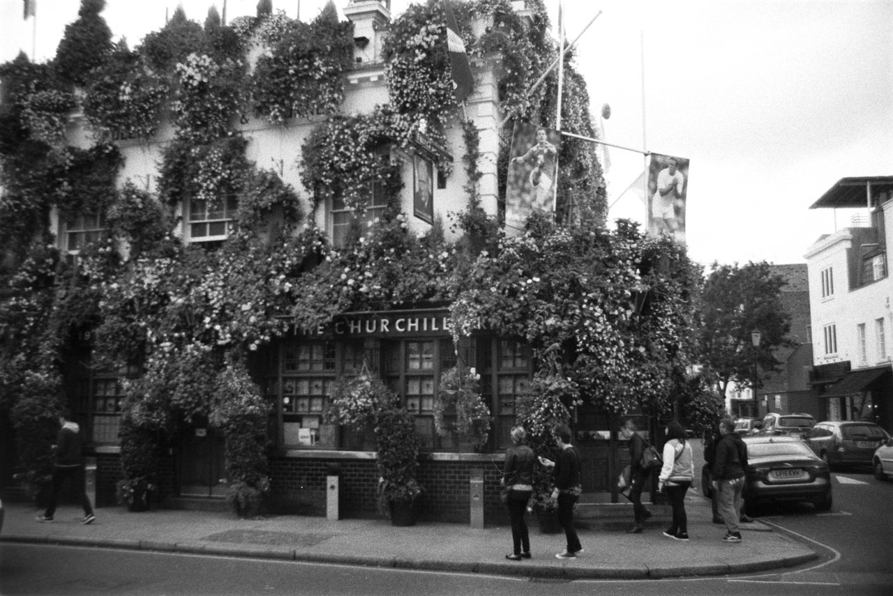 Churchill pub